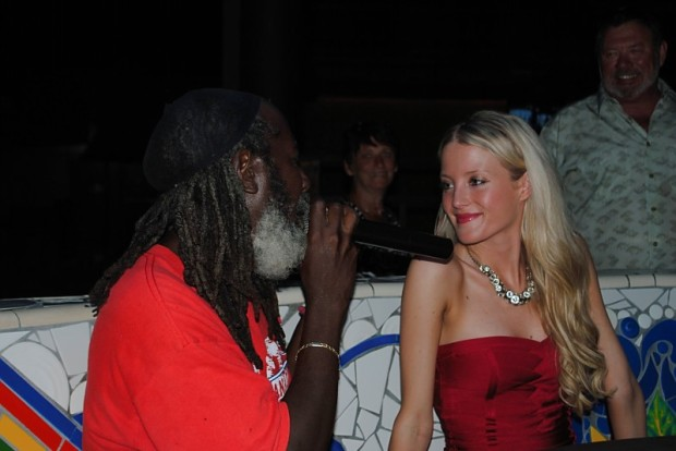 Bride being serenaded at Rick's Cafe - Negril